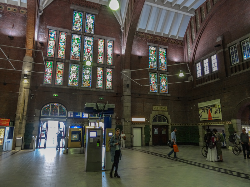 Stationshal Maastricht.