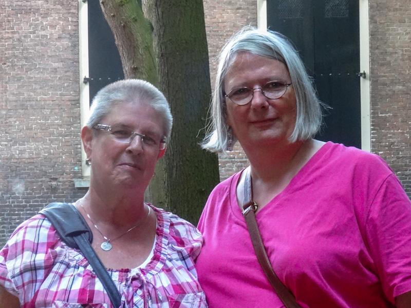 Mariëlle en Eline in Dordrecht.